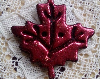 Red glitter polymer clay leaf button, handmade button, unique button, maple leaf button, sewing, scrapbooking, jewellery, craft supply