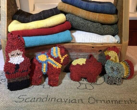 Rug Hooking PATTERN , 4 Scandinavian Ornaments  P156, Dala Horse, Dala Rooster, Dala Pig, Nisse Ornaments, Monks Cloth, Primitive Linen