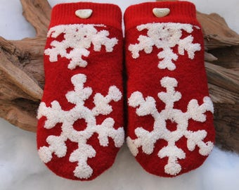 Wool sweater mittens lined with fleece with Lake Superior rock buttons in red and white, snowflake mittens, Valentines, coworker gift