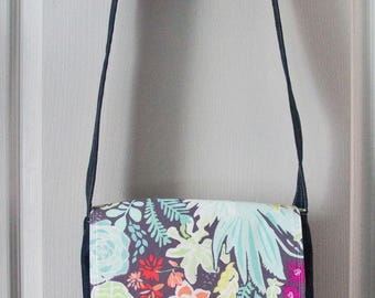 Bag pattern small messenger, pastel colors