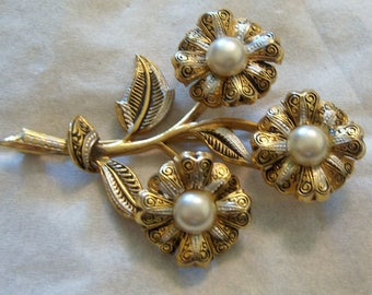 Damascene Flower Pin.Spanish Damascene Flower Brooch With Faux Pearl Accents.
