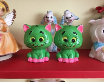 Rare Vintage Norleans Neon Kitschy Cat Salt & Pepper Shakers