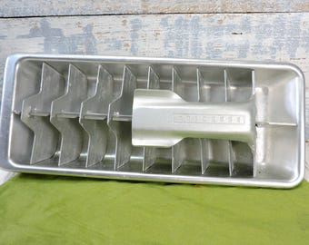 Ice Cube Tray by Quickube Metal Aluminum, Mid-Century Vintage Housewares Servingware Vintage Barware Collectible