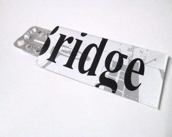 """Etui à pilules / pilulier femme gris, noir et blanc """"Bridge"""""""