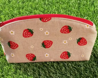 Strawberry Make-up Bag, Makeup Bag, Zip Pouch, Cosmetics Bag, Summer Bag, Cosmetics Pouch, Strawberries and Flowers, Gift for Her, Handmade