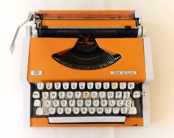 Vintage Office Decor, Working Typewriter, Olympia Traveller, UNIS tbm De Luxe, Made in Yugoslavia