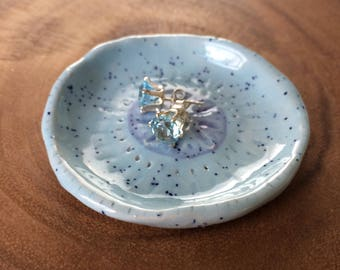 Sunburst Speckled Dish