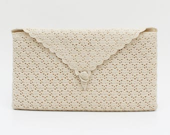 Off White Crochet Clutch - Vintage 1970s Crocheted Lace Handbag