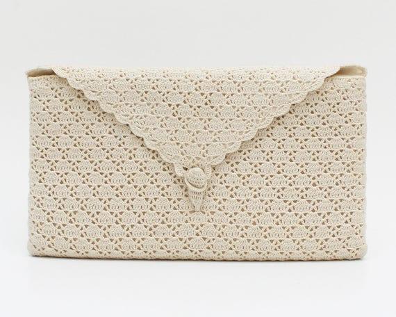Off White Crochet Clutch - Vintage 1970s Crocheted Lace Handbag