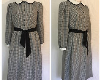 FLASH SALE Vintage 1970's Black Gingham Dress with Peter Pan Collar