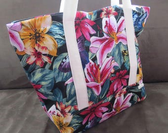 Lillies print tote bag, cotton bag, reusable grocery bag, knitting project bag, beach bag, Green Market bag