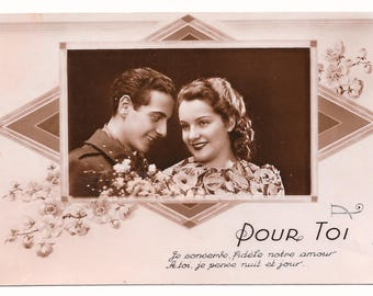 French Wartime Sweethearts Photo Postcard, 1944