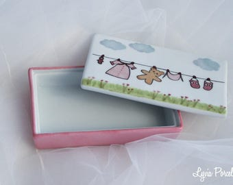 Little girl treasure box