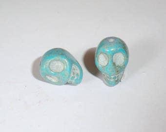 2 x 12mm TURQUOISE Howlite Skull skull