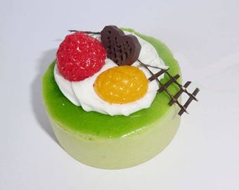 Cake charm 50mm round - fruit