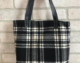 SALE ** (Was 65 dollars)Buffalo plaid purse handbag shoulder bag tote