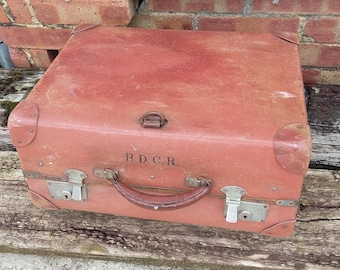 Vintage Luggage Suitcase Storage BDCR