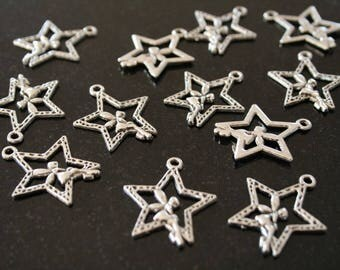 Star 20 charms in antique silver. (ref:0744)