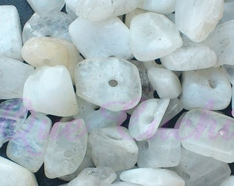 Out of Stock 125 white Moonstone Chips
