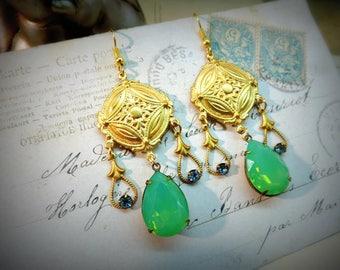Earrings art deco, vintage style