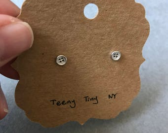 Silver Button Stud Earrings - Sterling Silver [SE1029]