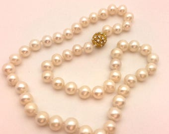 """Vintage Beaded Women Necklace White Freshwater  Pearls Gold Colored Magnetic Clasp Long 17.0"""""""