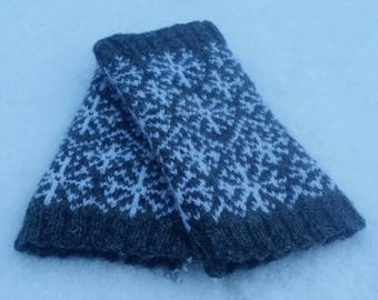Knitting Pattern for Snow in the Fens Wrist Warmers