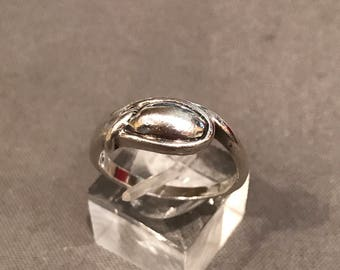 Size 9, Vintage sterling silver handmade ring, 925 silver band, stamped 925
