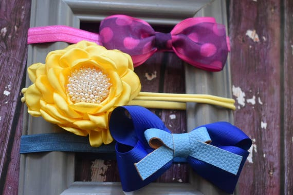 Set of 3 pretty baby  headbands - Baby / Toddler  Elastic / Hairband/ Bow/ Hairbow / Barrettes / Hairclips / Hair Flower