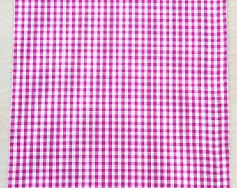 Fabric adhesive pattern: gingham fuchsia 210 x 290 mm (A4)