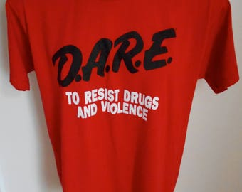 Vintage D.A.R.E. to Resist Violence and Drugs T Shirt 90's Large Red