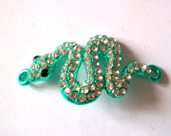 X 1 connector Green Snake and its 51X28mm rhinestones
