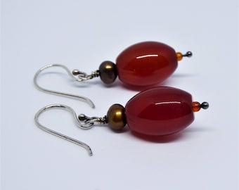 Vintage style Sterling silver Garnet and Pearl earrings