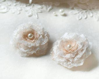 Wedding Hair Flowers - Silk Flower Combs - Peach Hair pins - Flower Girl Gift - Bridesmaid Hair Clips - Lace Flowers -  Peach Hair Accessory