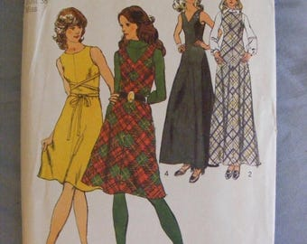 """ON SALE 35% OFF 1972 Misses' Bias Dress or Jumper Simplicity Sewing Pattern 5068 Size 16 Bust 38"""""""