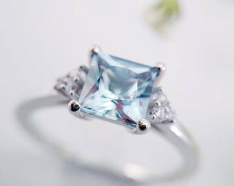 White Gold Engagement Ring, White Gold Ring, Aquamarine Engagement Ring, Aquamarine Ring, Engagement Ring, White Gold Jewelry