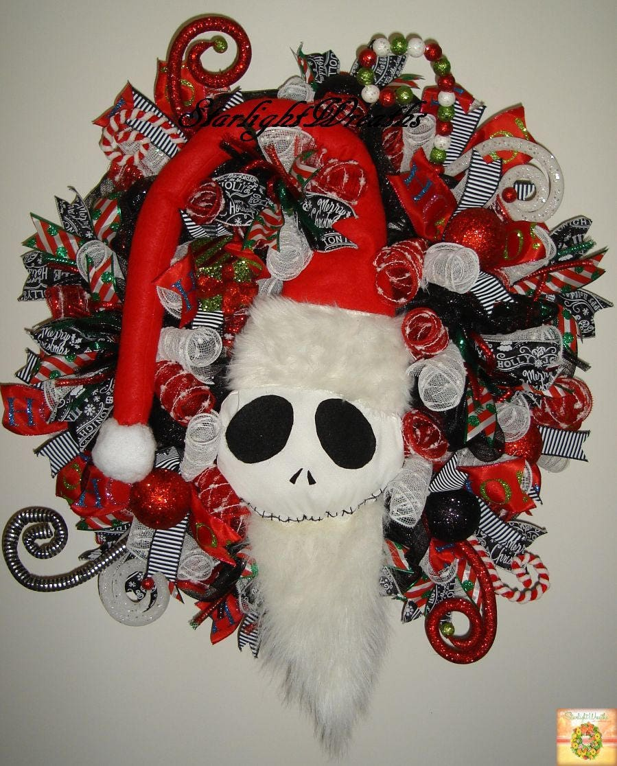 Pre-Lit Jack Skellington as Sandy Claws Christmas Wreath, Nightmare ...
