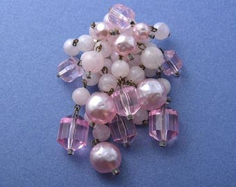 1950's Brooch With Beads (825z)