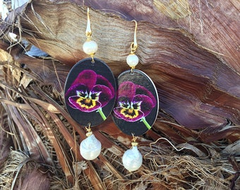 Sicilian Jewelry - hand-painted wooden pendant earrings and scarlet pearls