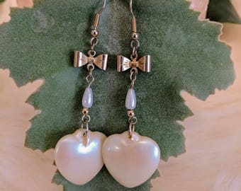Lovely vintage heart and bow drop earrings