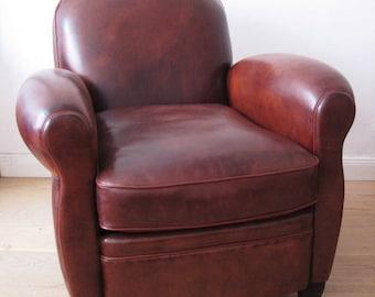 Reissue Club Chair model Leonard
