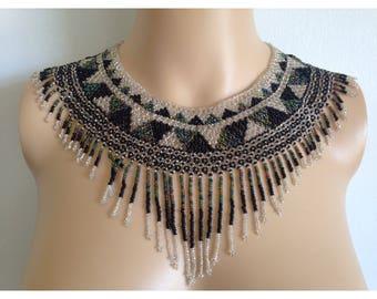 1970s / / / Fully Beaded Indian Fringe Necklace