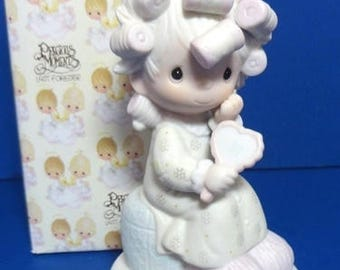 "Precious Moments ""Smile God Loves You"" Figurine 1981"