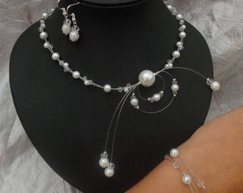 Set of wedding jewelry, necklace, bracelet and earrings - bridal headpiece - pearls - white or ivory - glass Crystal beads