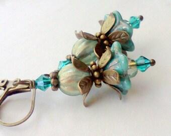 Teal Green Flower Earrings, Peacock Blue Dangles, Handmade, Turquoise Earrings, Flower Earrings, Floral Bead Earrings, Vintage Style, Boho