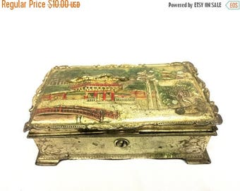 ON SALE Mysterious Asian Box
