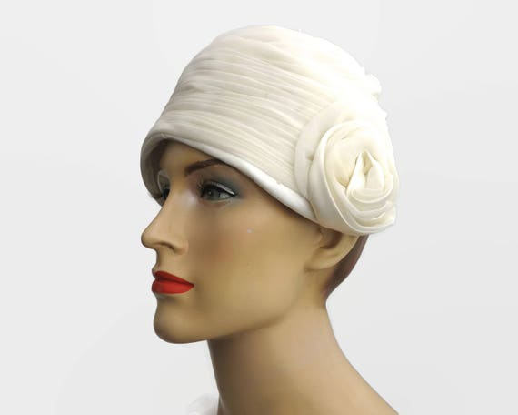 Vintage ivory colored cloche covered with pleated chiffon, fabric rose on the side, bridal veil could be attached, Great Gatsby, 1920s style