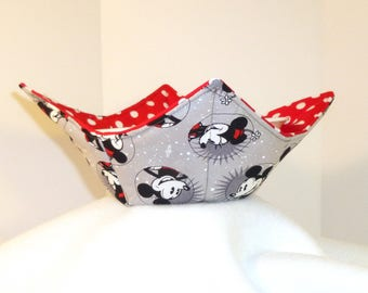 Mickey Mouse Bowl Cozy, Minnie Mouse Microwave Pot holders, Microwave Bowl Cozy, Bowl Holders, Bowl Cozy, Mickey Mouse Soup Cozy