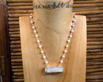 Natural Stone White Druzy Bar Pendant Necklace On White Pearl Chain