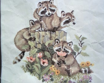 "Vintage Crewel/Embroidery Kit ""Raccoons"" by Janlynn"